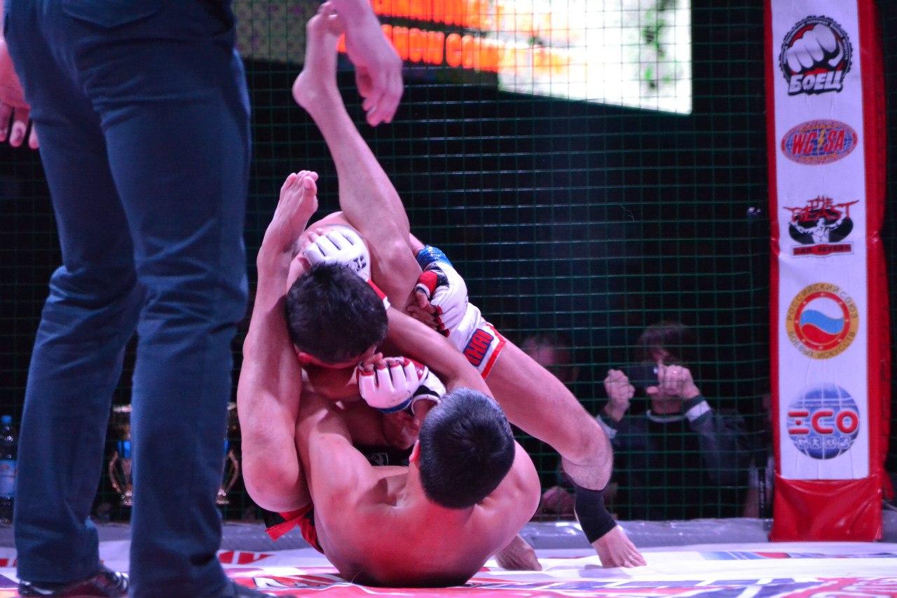 http://www.combatsd.ru/images/upload/5QJjqgAwl9U.jpg